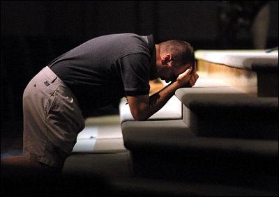 praying on knees5